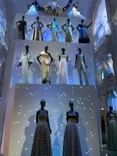 Durch die unterschiedliche Beleuchtung haben sich die Kleider auch verändert und haben in einem anderen Licht gestrahlt.