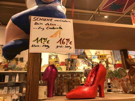 Frag Cinderella... Schuhe ändern das Leben ;)